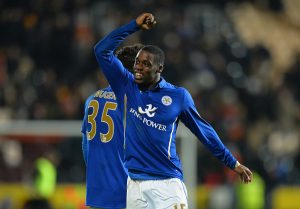 HULL, ENGLAND - DECEMBER 28: Jeffrey Schlupp of Leicester City celebrates in front of fans after the Barclays Premier League match between Hull City and Leicester City at KC Stadium on December 28, 2014 in Hull, England.  (Photo by Tony Marshall/Getty Images)