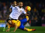 VALENCIA, SPAIN - DECEMBER 05:  Aymen Abdennour (23) of Valencia battles for the ball with Luis Suarez of Barcelona during the La Liga match between Valencia CF and FC Barcelona at Estadi de Mestalla on December 05, 2015 in Valencia, Spain.  (Photo by Manuel Queimadelos Alonso/Getty Images)