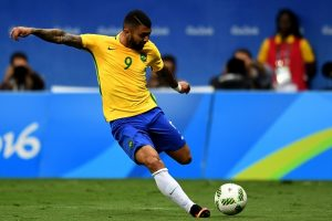 Brazil's player Gabriel Barbosa kicks the ball during the Rio 2016 Olympic Games Men's First Round Group A football match against Iraq, at the Mane Garrincha Stadium in Brasilia on August 7, 2016. / AFP / EVARISTO SA        (Photo credit should read EVARISTO SA/AFP/Getty Images)