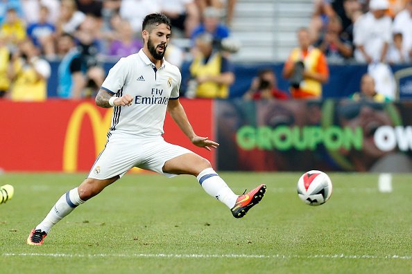COLUMBUS, OH - JULY 27:  Isco #22 of Real Madrid C.F. controls the ball during the game against Paris Saint-Germain F.C. on July 27, 2016 at Ohio Stadium in Columbus, Ohio. (Photo by Kirk Irwin/Getty Images)