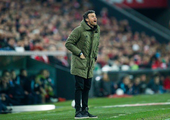 BILBAO, SPAIN - JANUARY 20:  Head coach Luis Enrique of FC Barcelola reacts during the Copa del Rey Quarter Final First Leg match between Athletic Club and FC Barcelola at San Mames Stadium on January 20, 2016 in Bilbao, Spain.  (Photo by Juan Manuel Serrano Arce/Getty Images)