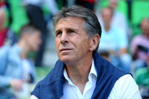 GRONINGEN, NETHERLANDS - JULY 30:  Head coach Claude Puel of Southampton looks on during the friendly match between FC Groningen an FC Southampton at Euroborg Stadium on July 30, 2016 in Groningen, Netherlands.  (Photo by Christof Koepsel/Getty Images)