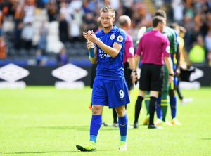 HULL, ENGLAND - AUGUST 13:  Jamie Vardy of Leicester City claps the Leicester City fans after the final whistle during the Premier League match between Hull City and Leicester City at KCOM Stadium on August 13, 2016 in Hull, England.  (Photo by Michael Regan/Getty Images)