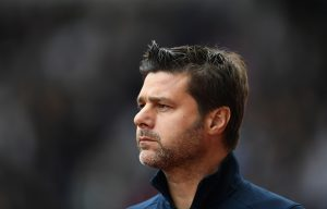 STOKE ON TRENT, ENGLAND - SEPTEMBER 10:  Mauricio Pochettino of Tottenham Hotspur looks on during the Premier League match between Stoke City and Tottenham Hotspur at Britannia Stadium on September 10, 2016 in Stoke on Trent, England.  (Photo by Laurence Griffiths/Getty Images)