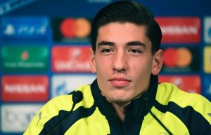 Arsenal's Spanish defender Hector Bellerin give a press conference on the eve of the team's UEFA Champions League football match against Paris Saint-Germain (PSG), on September 12, 2016 at the Parc des Princes stadium in Paris. / AFP / FRANCK FIFE        (Photo credit should read FRANCK FIFE/AFP/Getty Images)