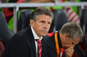 Southampton's French manager Claude Puel waits for kick off of the UEFA Europa League group K football match between Southampton and Sparta Prague at St Mary's Stadium in Southampton, southern England, on September 15, 2016.  / AFP / GLYN KIRK        (Photo credit should read GLYN KIRK/AFP/Getty Images)