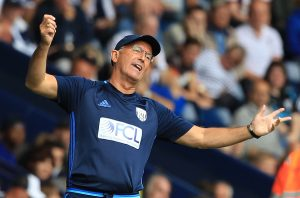 West Bromwich Albion's Welsh head coach Tony Pulis gestures from the touchline during the English Premier League football match between West Bromwich Albion and Middlesbrough at The Hawthorns stadium in West Bromwich, central England, on August 28, 2016.  / AFP / Lindsey PARNABY / RESTRICTED TO EDITORIAL USE. No use with unauthorized audio, video, data, fixture lists, club/league logos or 'live' services. Online in-match use limited to 75 images, no video emulation. No use in betting, games or single club/league/player publications.  /         (Photo credit should read LINDSEY PARNABY/AFP/Getty Images)
