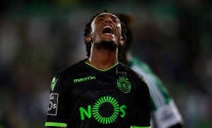 Sporting's forward Gelson Martins reacts during the Portuguese league football match Rio Ave FC vs Sporting CP at the Dos Arcos stadium in Vila do Conde on September 18, 2016. Rio Ave won 3-1. / AFP / MIGUEL RIOPA        (Photo credit should read MIGUEL RIOPA/AFP/Getty Images)