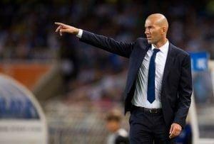 SAN SEBASTIAN, SPAIN - AUGUST 21:  Head coach Zinedine Zidane of Real Madrid reacts during the La Liga match between Real Sociedad de Futbol and Real Madrid at Estadio Anoeta on August 21, 2016 in San Sebastian, Spain.  (Photo by Juan Manuel Serrano Arce/Getty Images)