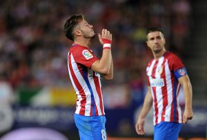 MADRID, SPAIN - OCTOBER 29:  Saul Niguez of Club Atletico de Madrid reacts during the La Liga match between Club Atletico de Madrid and Malaga CF at estadio Vicente Calderon on October 29, 2016 in Madrid, Spain.  (Photo by Denis Doyle/Getty Images)