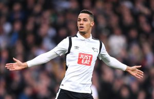 DERBY, ENGLAND - DECEMBER 11: Tom Ince of Derby County celebrates scoring his side's second goal during the Sky Bet Championship match between Derby County and Nottingham Forest at iPro Stadium on December 11, 2016 in Derby, England.  (Photo by Michael Regan/Getty Images)