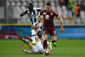 TURIN, ITALY - APRIL 02:  Andrea Belotti (R) of FC Torino in action against Emmanuel Badu (R) and Jakub Jankto of Udinese Calcio during the Serie A match between FC Torino and Udinese Calcio at Stadio Olimpico di Torino on April 2, 2017 in Turin, Italy.  (Photo by Valerio Pennicino/Getty Images)