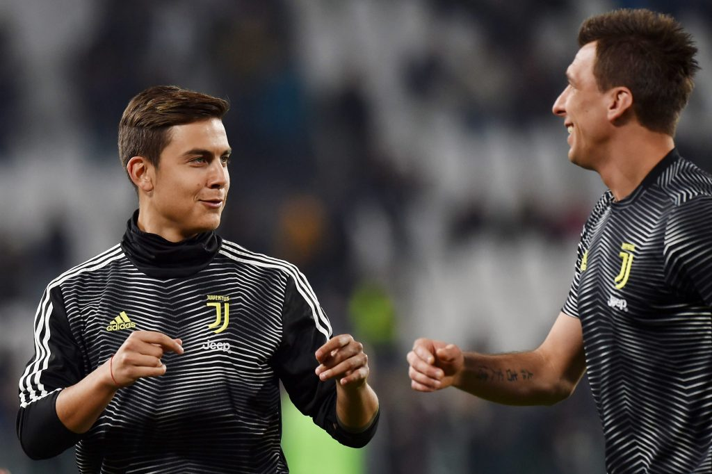 Dybala faces an uncertain future amid recent interest from Chelsea (Dybala is seen in the photo)