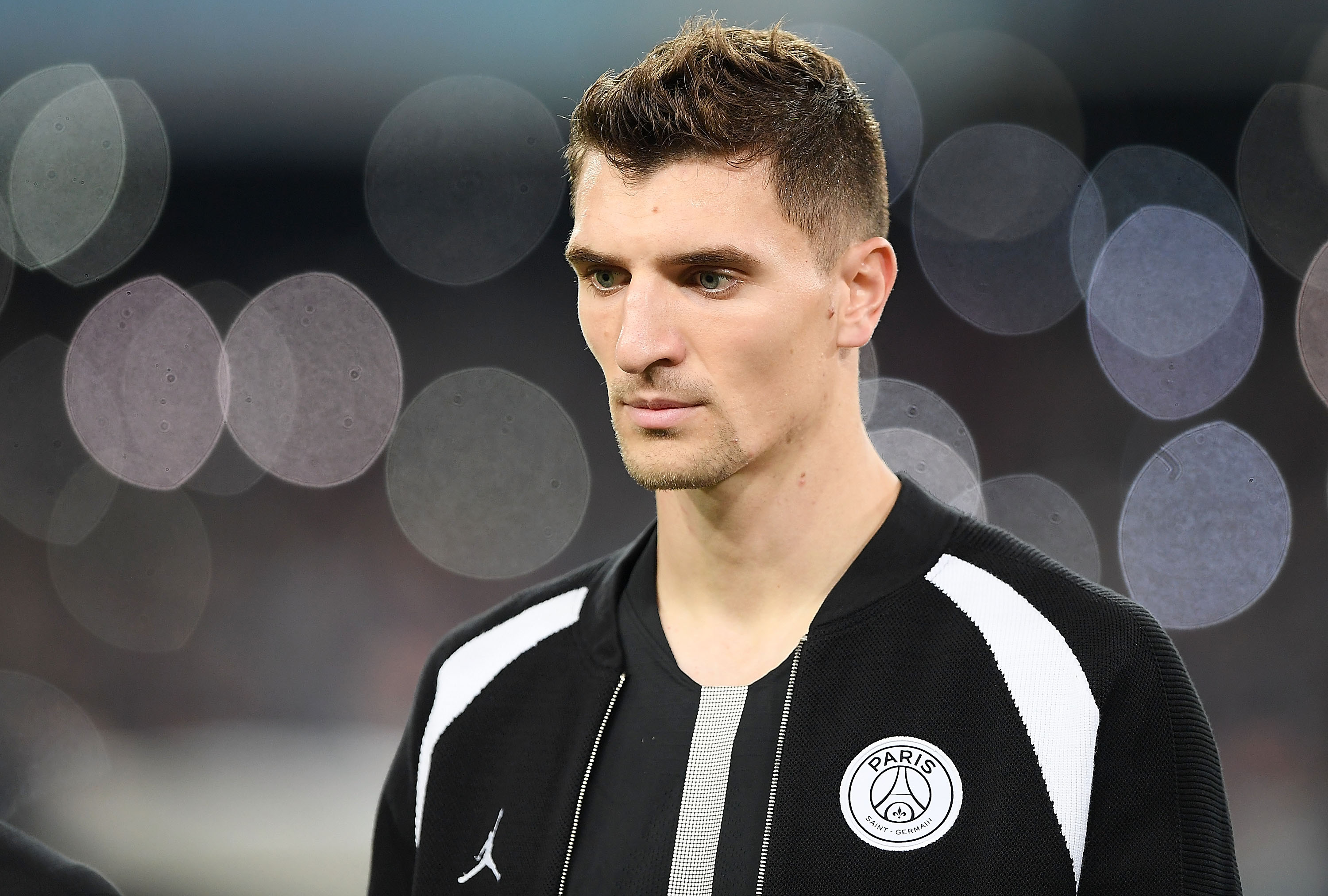 Thomas Meunier in action in a UCL game between PSG and Napoli