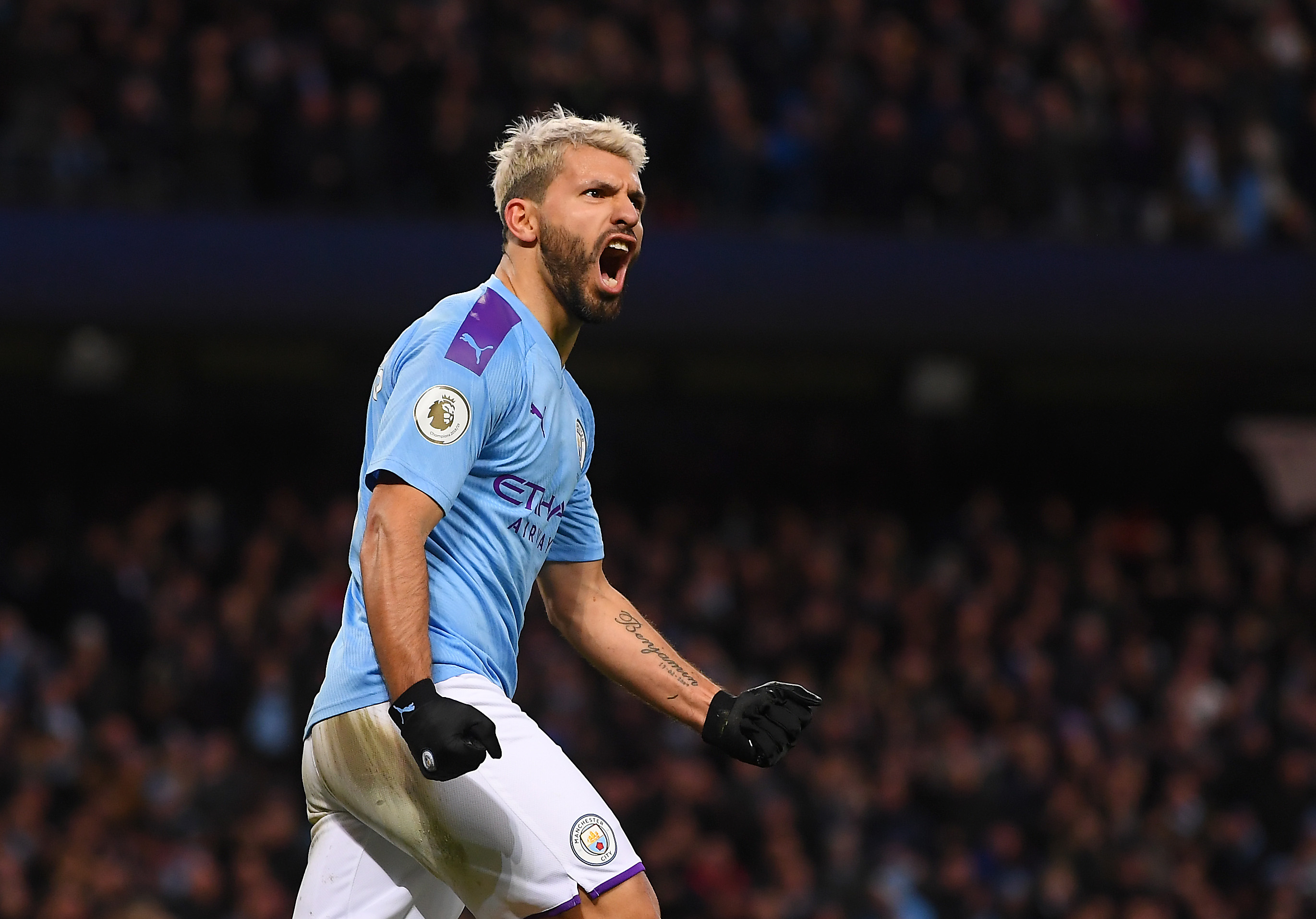 European Giants Want Sergio Aguero - Aguero celebrates a goal