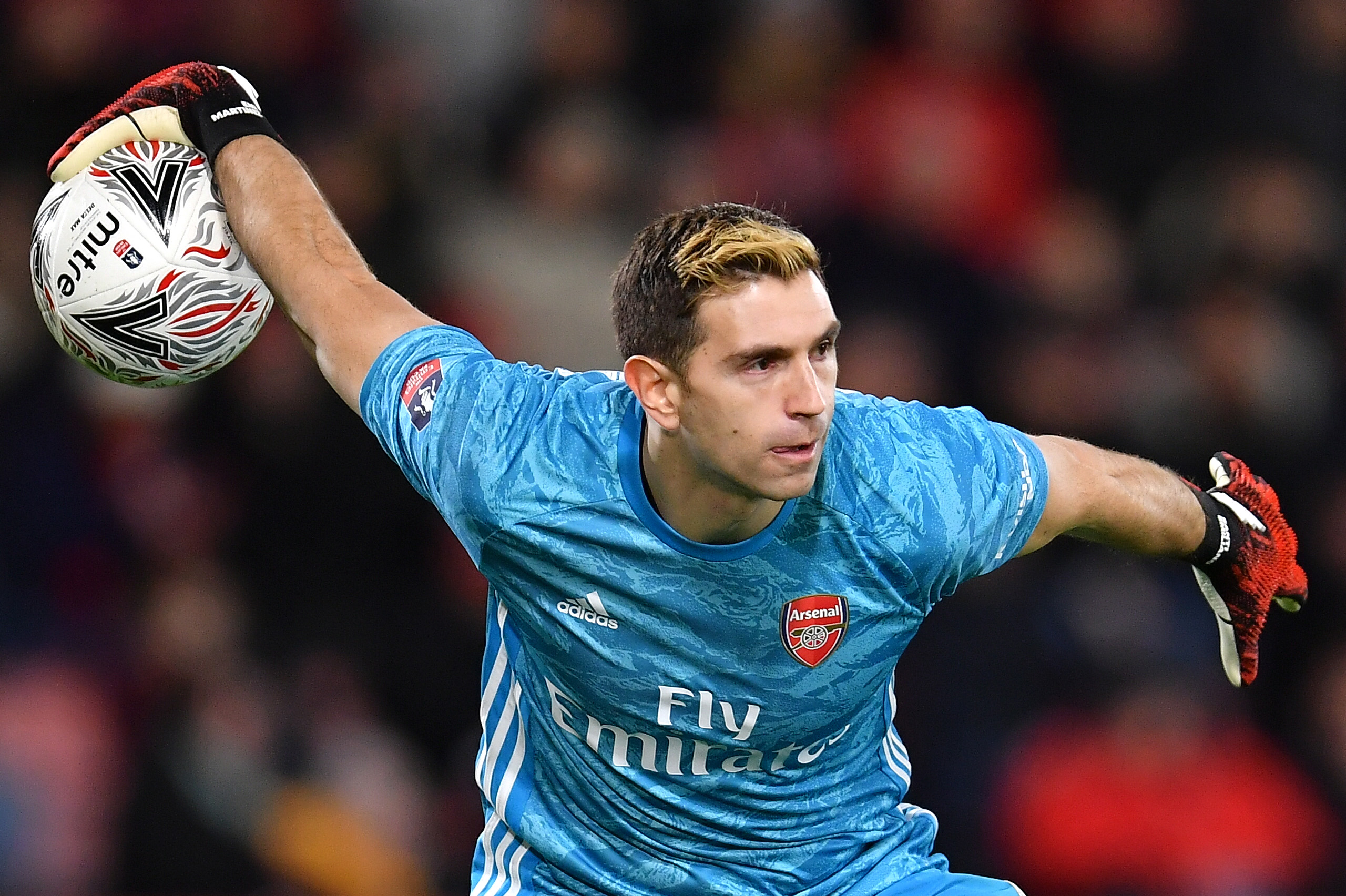 Leeds United are eyeing a move for Emiliano Martinez - Finally fulfilling his destiny.