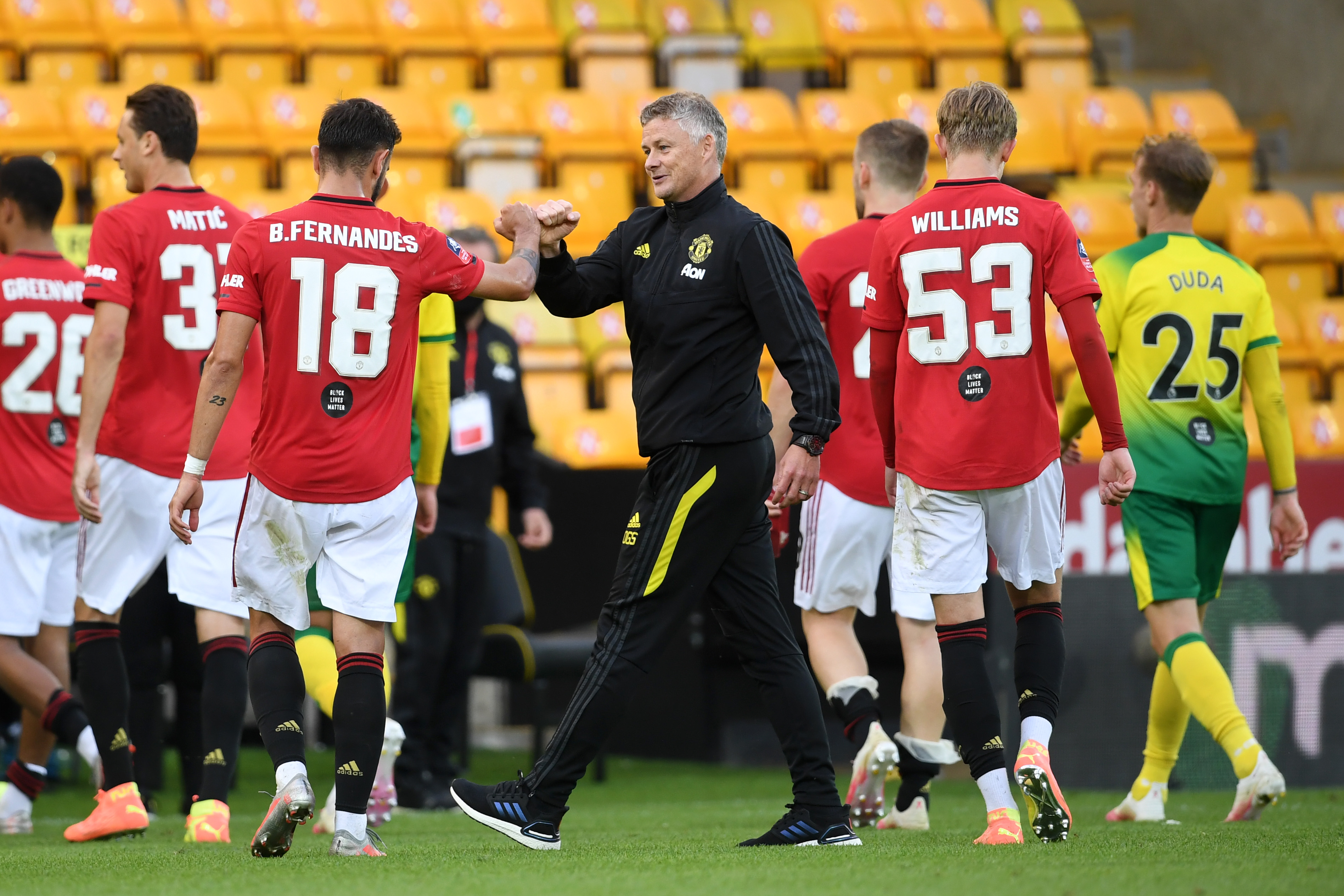 4-2-3-1 Manchester United Predicted Lineup Vs Bournemouth (Man United players with Ole Gunnar Solskjaer seen in the picture)