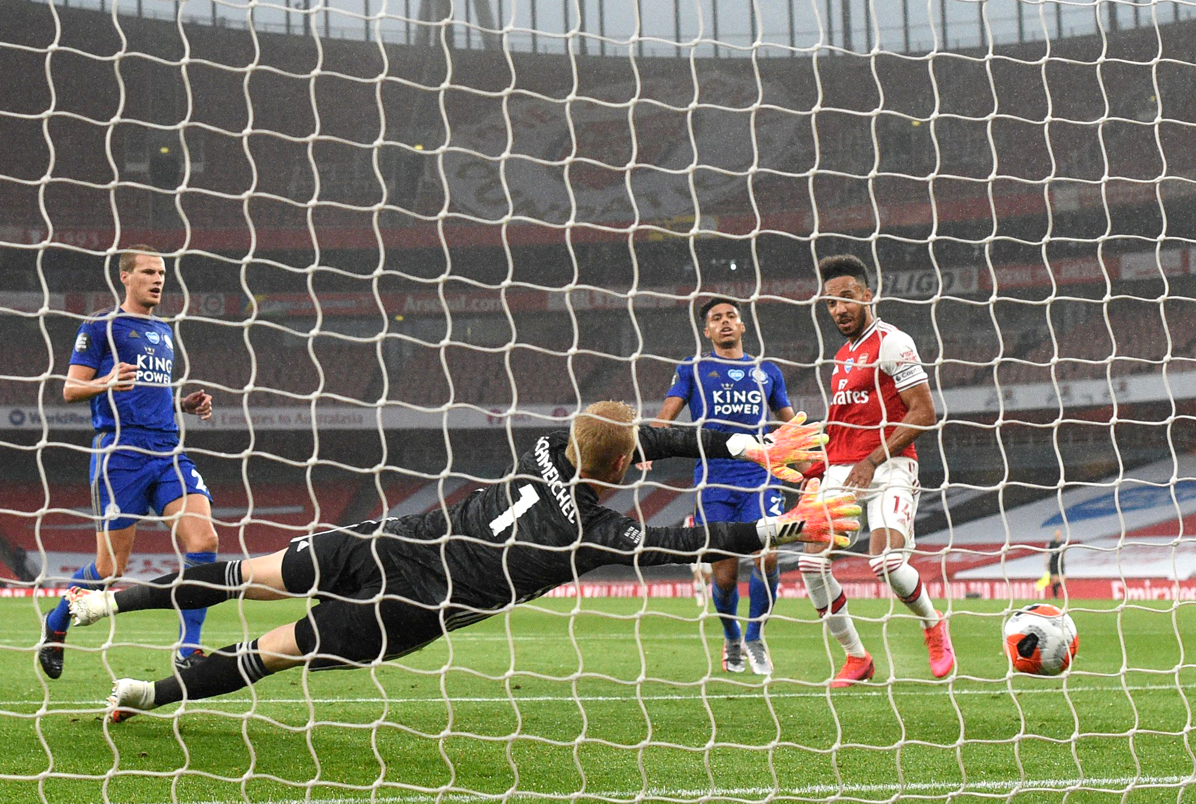 Leicester City Players Rated In Hard-Fought Draw Vs Arsenal (Leicester's Kasper Schmeichel in action in the photo)
