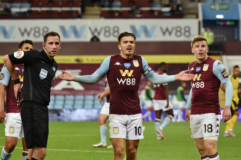 Predicted 4-3-3 Aston Villa Lineup Vs West Ham United - Grealish gestures