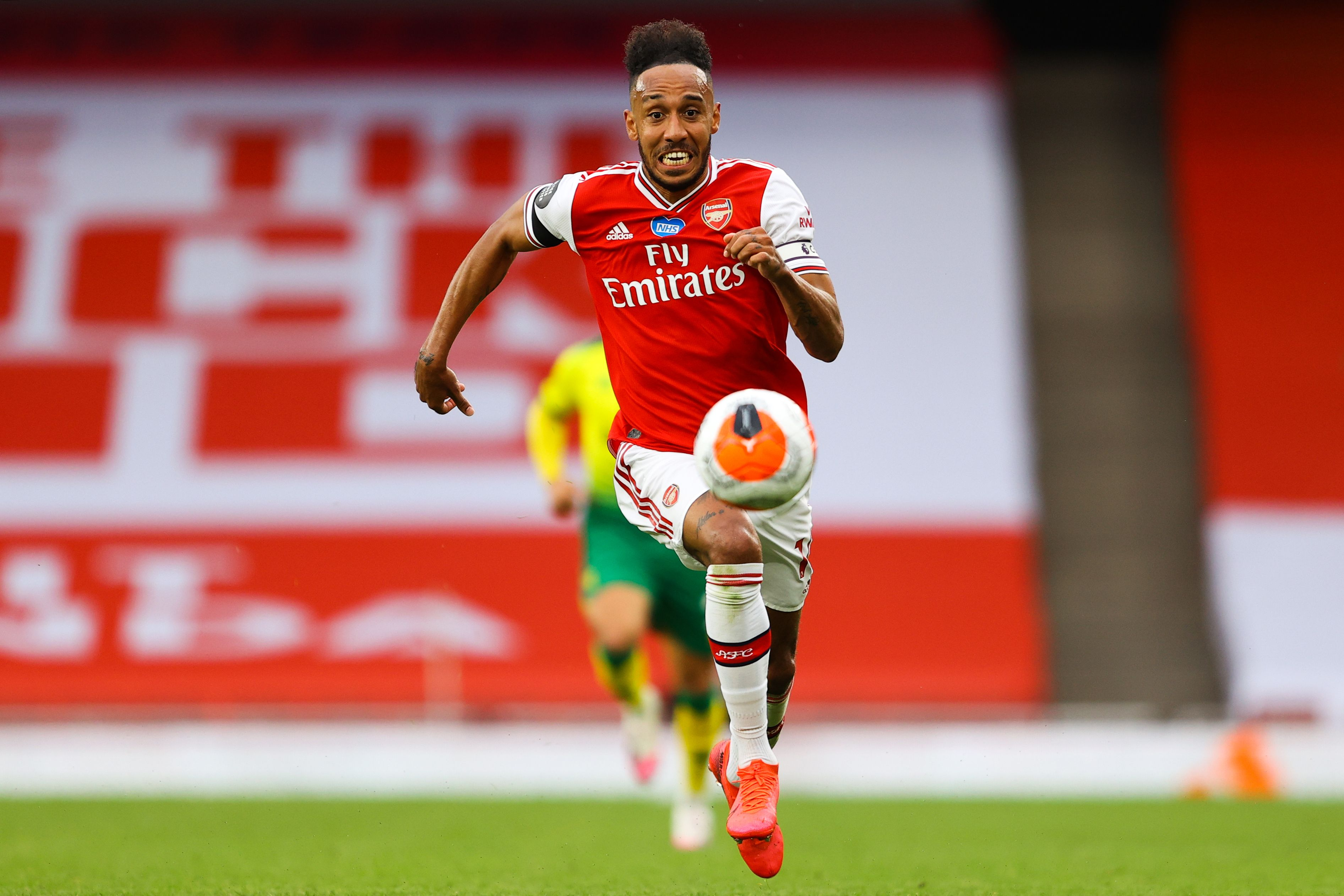 Arsenal Player Ratings Vs Norwich City - Aubameyang chases the ball