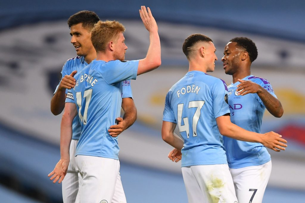 Manchester City Predicted 4-3-3 Lineup Vs Southampton - City players celebrate