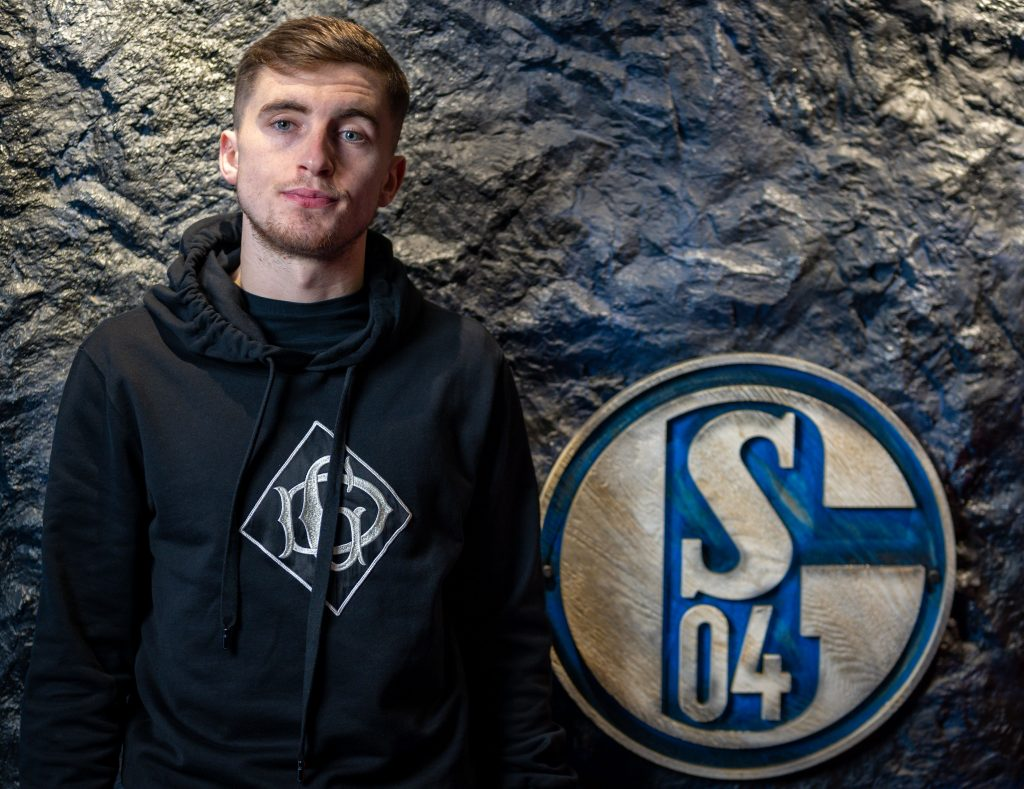 Everton had rejected Schalke's approach to sign Jonjoe Kenny - He has been a success in the Bundesliga.