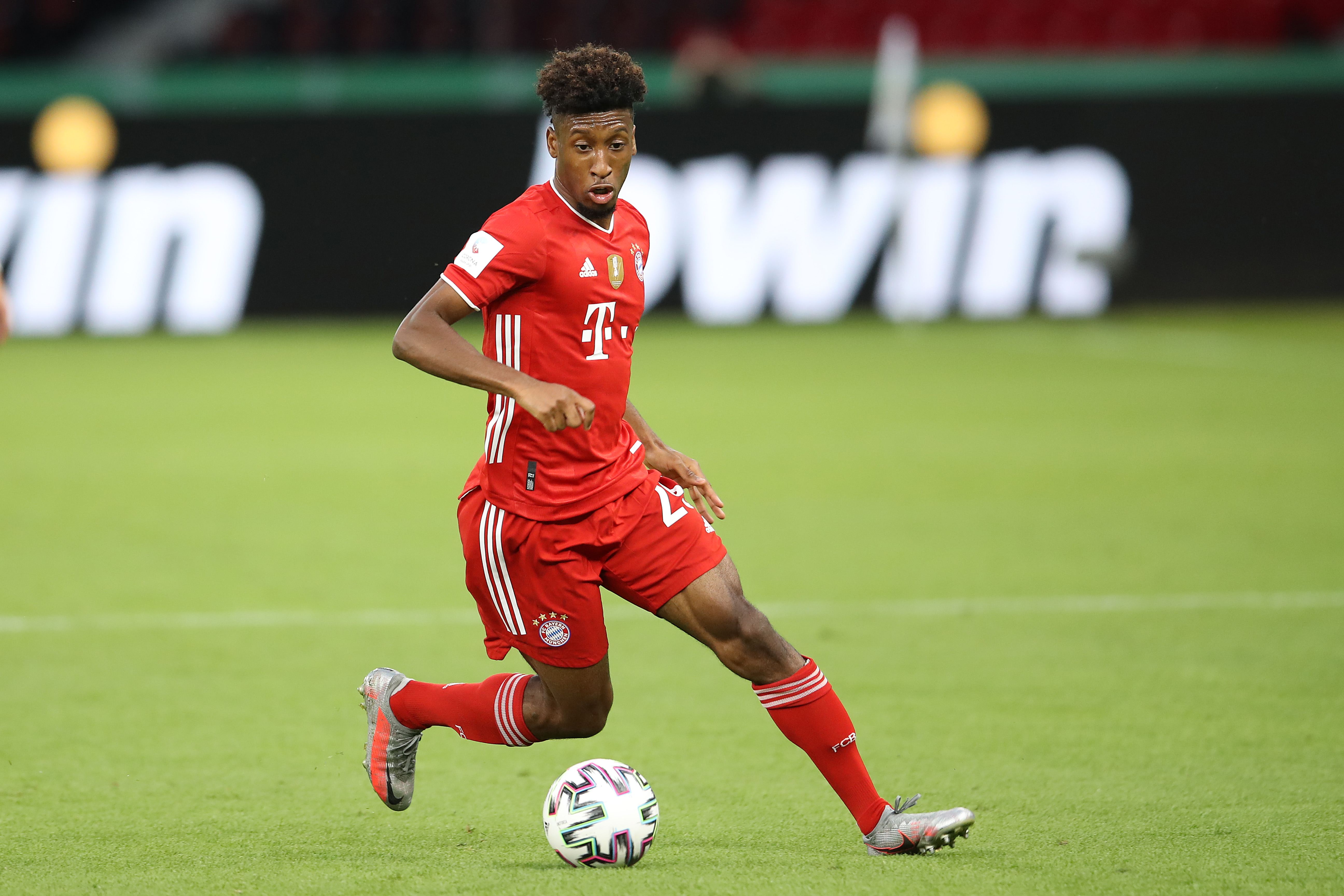 Coman provides update on his future amid Man United interest (Coman is in action in the picture)