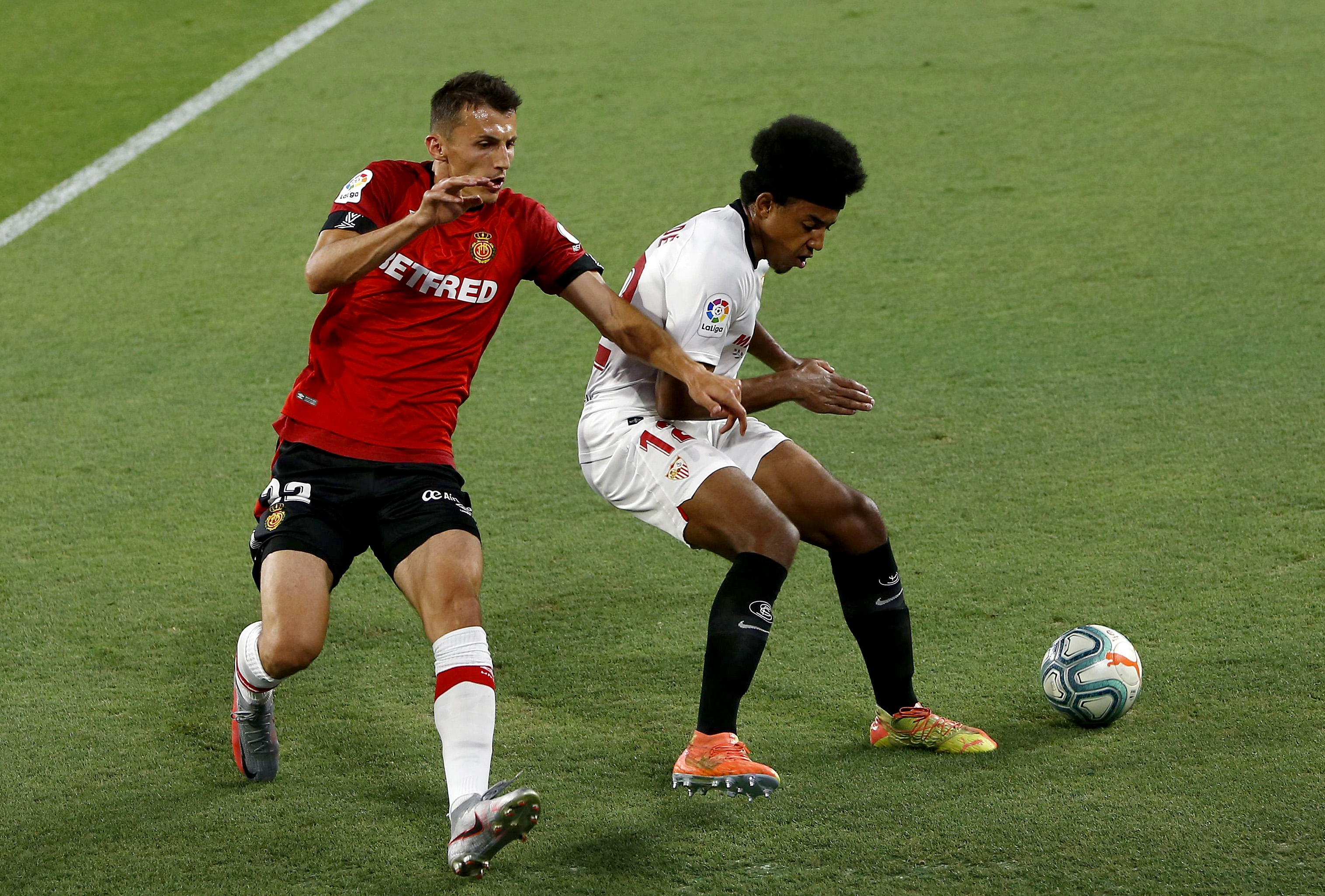 Manchester United identify Jules Kounde as a January target (Kounde is in action in the photo)