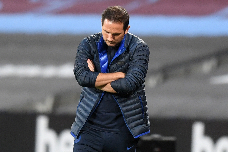 Predicted 4-3-3 Chelsea Lineup Vs Watford - Lampard looks dejected