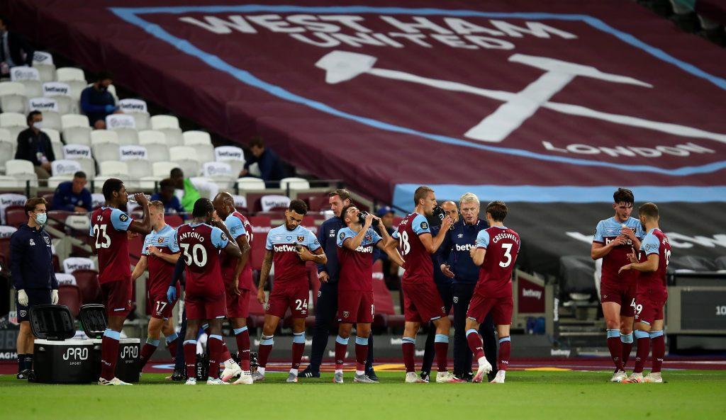 4-2-3-1 West Ham United Predicted Lineup Vs Watford (West Ham players enjoying their drinks break in the photo)
