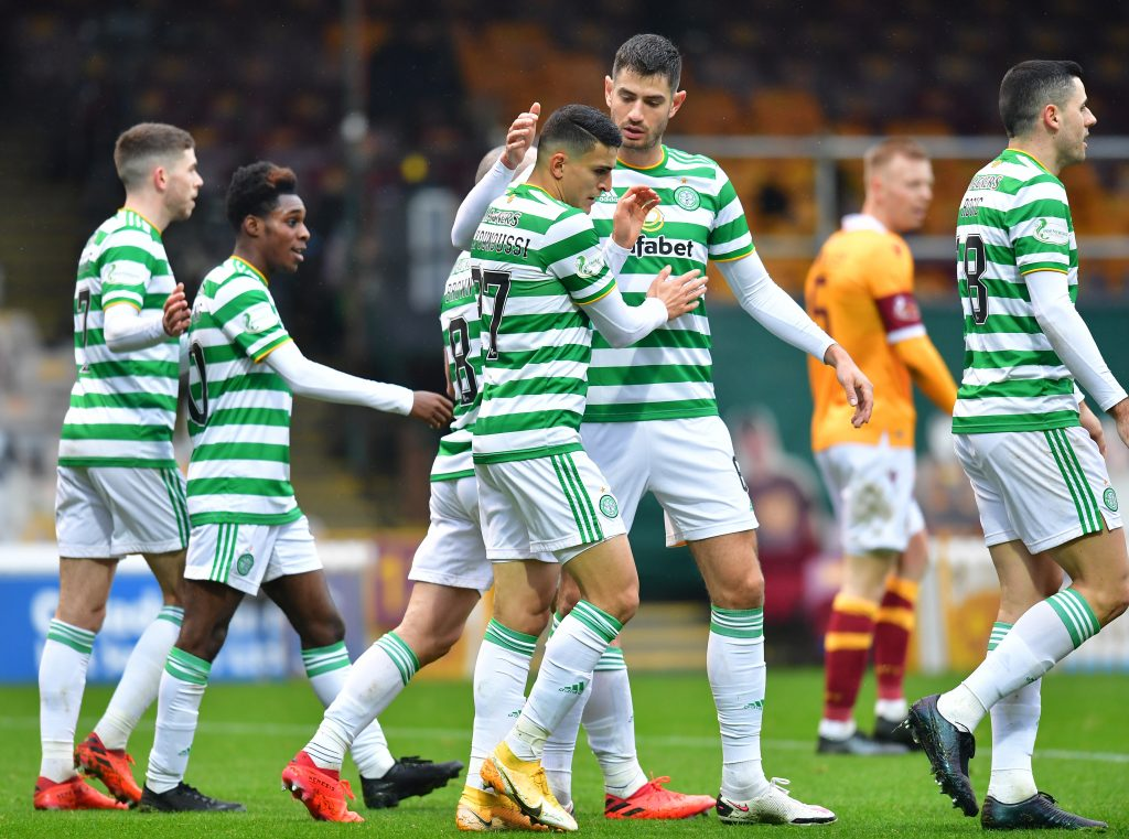 Celtic Vs Hibernian Tactical Preview - Celtic celebrate