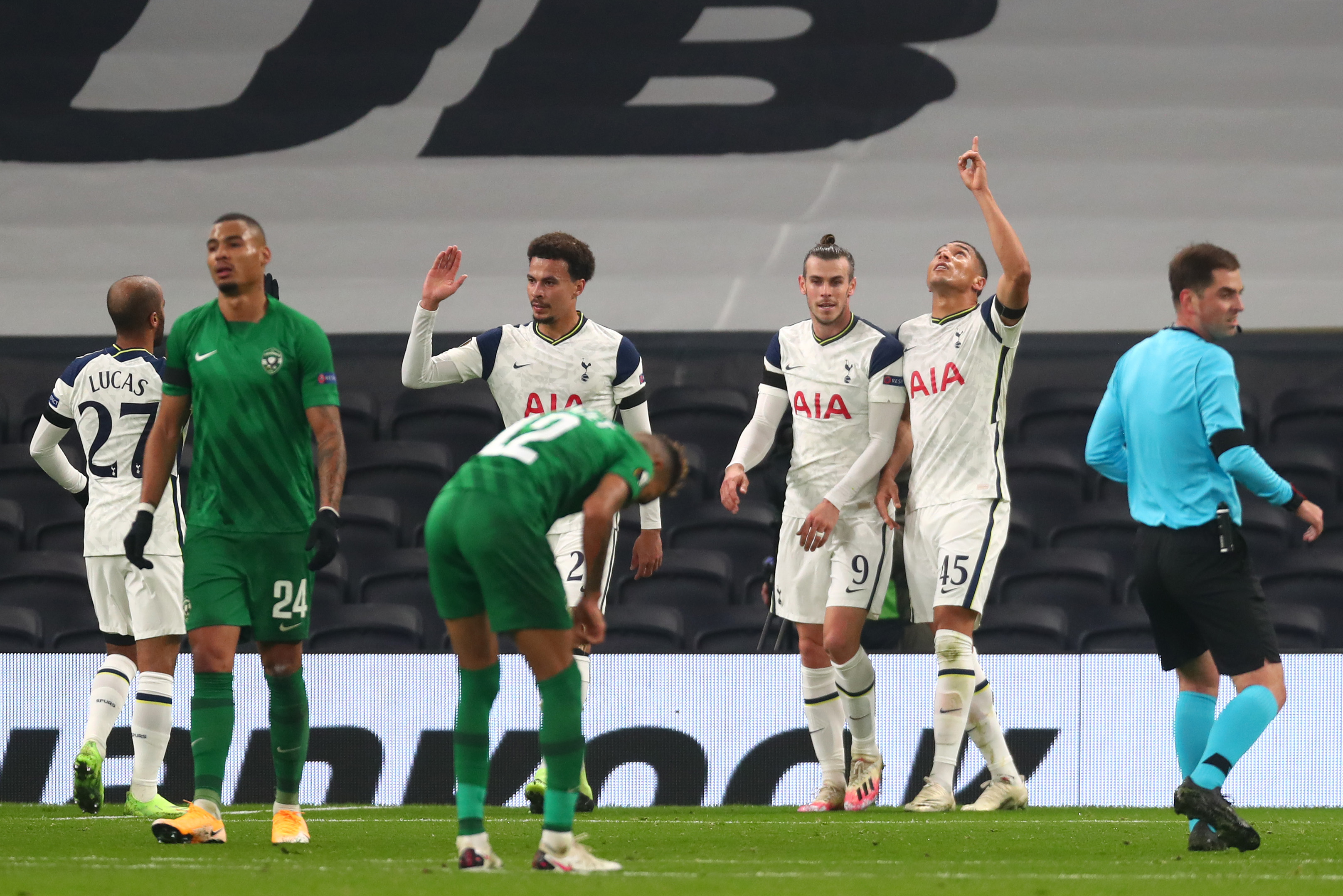 Tottenham Hotspur players celebrating goal against Ludogorets