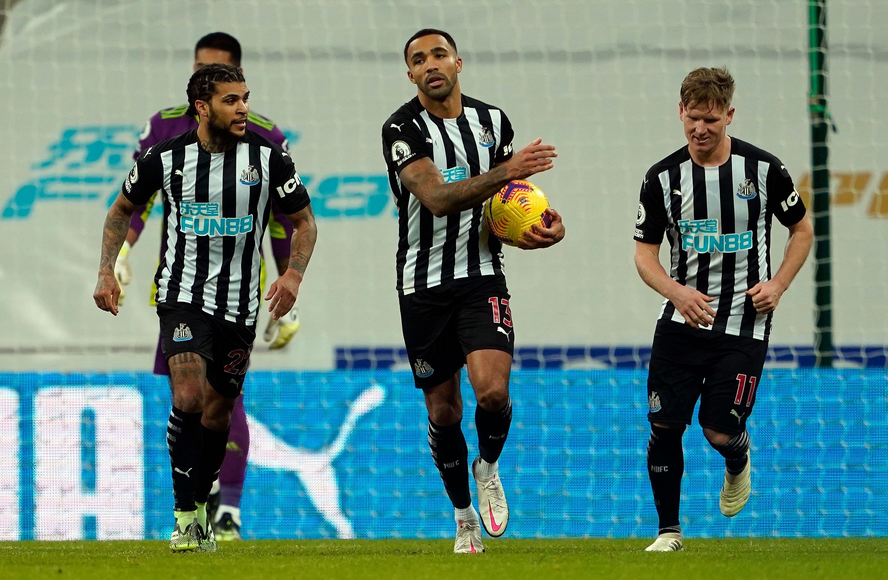 4-4-2 Newcastle United Predicted Lineup Vs Crystal Palace (Newcastle players are seen in the picture)