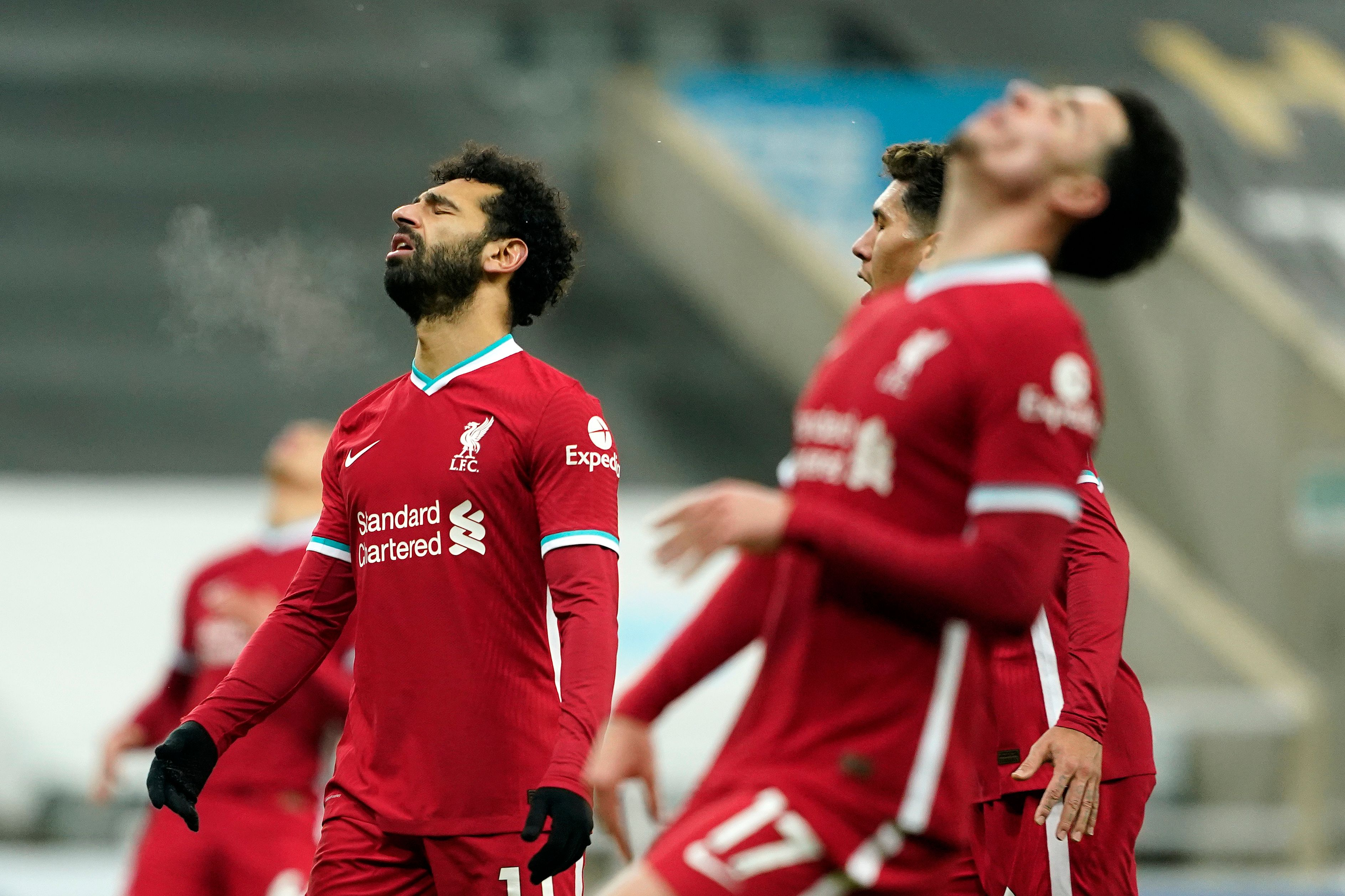 4-3-3 Liverpool Predicted Lineup Vs Tottenham Hotspur (Liverpool players look dejected in the picture)