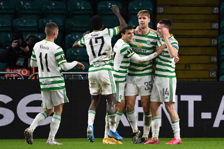 Predicted 3-5-2 Celtic Lineup Vs Kilmarnock - Celtic celebrate