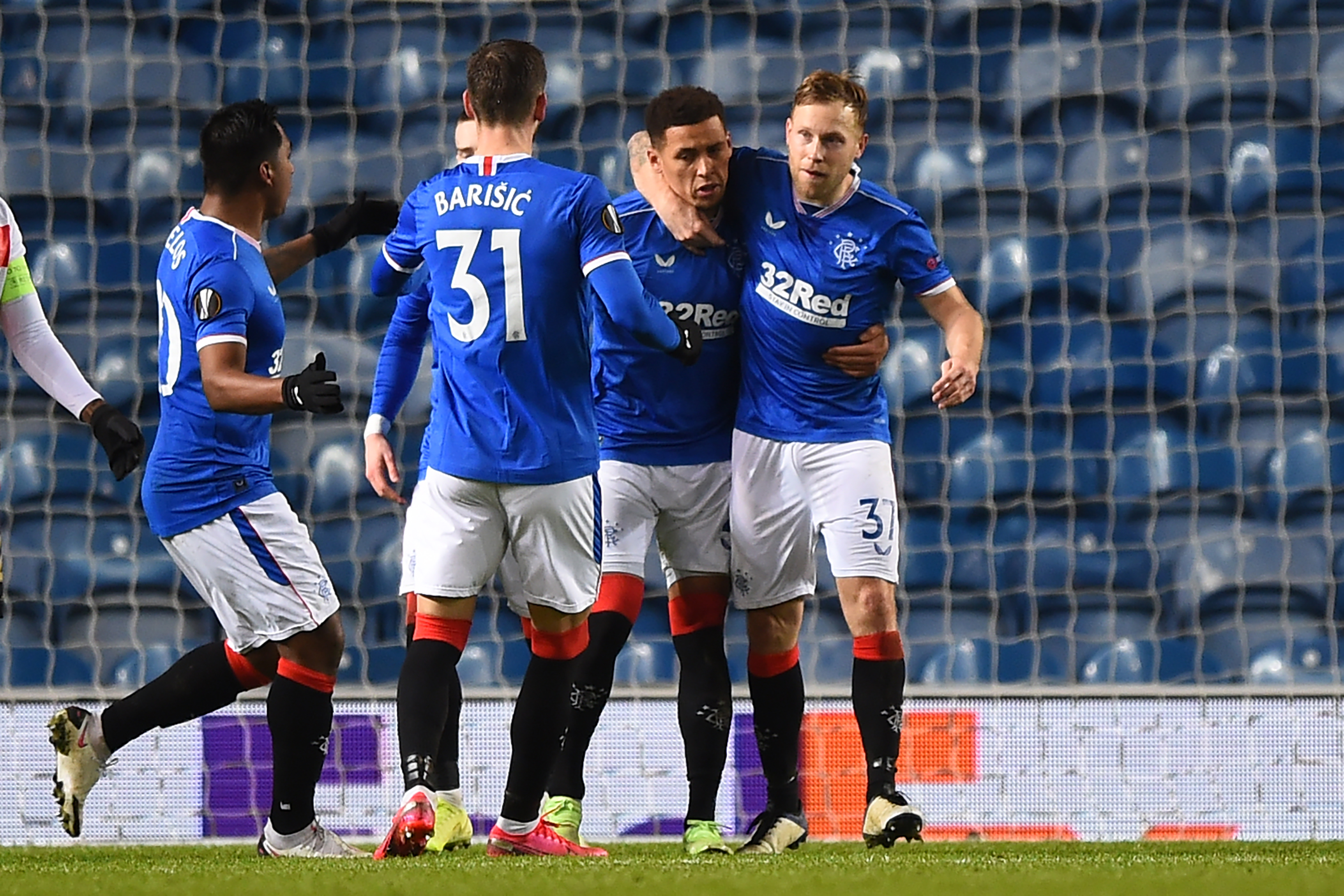 Predicted 4-3-3 Rangers Lineup Vs St. Mirren - Rangers celebrate