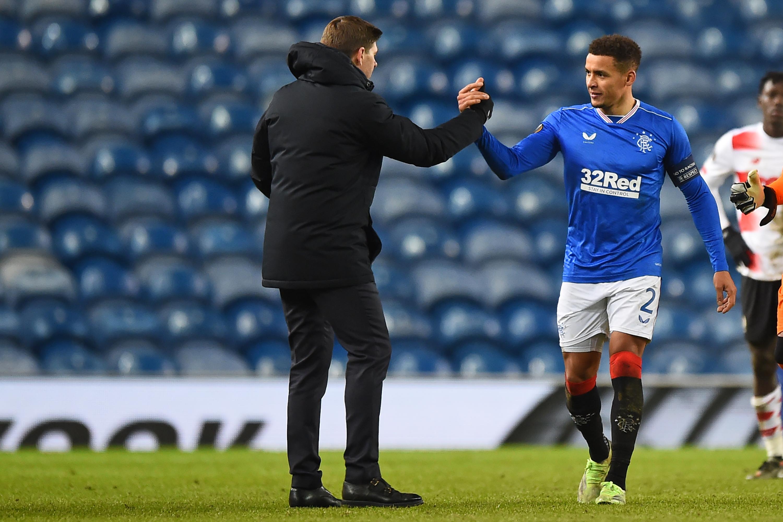 Rangers Player Ratings Vs Motherwell - Rangers celebrate