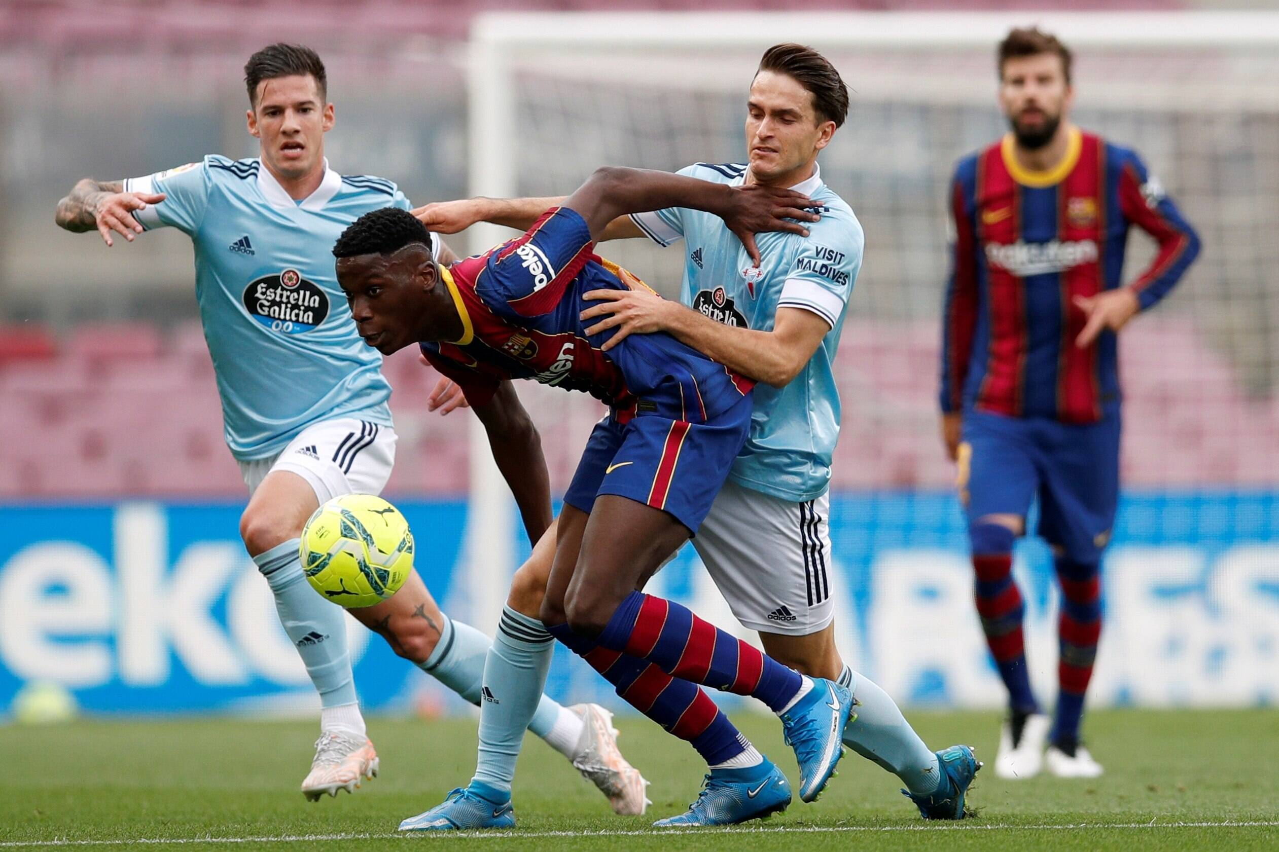 Barcelona's Moriba ready to leave amid Chelsea interest (Moriba is seen in the picture)