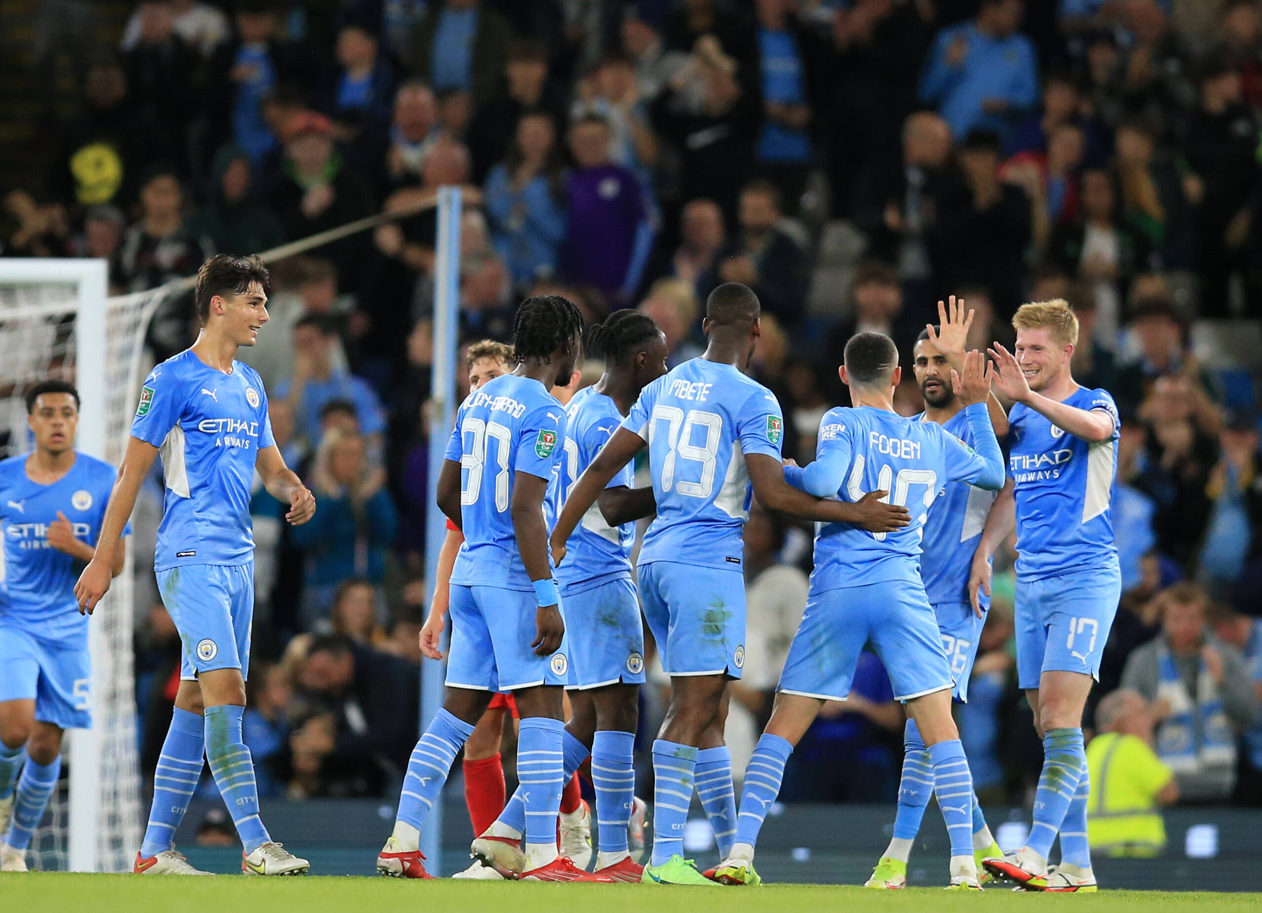 Paris Saint-Germain Vs Manchester City Tactical Preview (Man City players are seen in the photo)